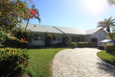 Palm Beach Shores Single Family Home For Sale: 300 Tacoma Lane