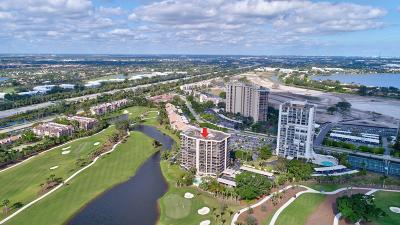 West Palm Beach Condo Sold: 2427 Presidential Way #604