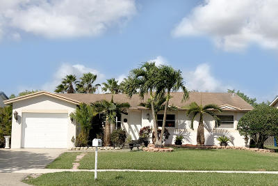 Weston Single Family Home For Sale: 16907 Royal Poinciana Drive