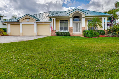 Stuart Single Family Home For Sale: 3756 SE Bent Banyan Way
