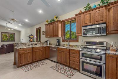 Stuart Single Family Home For Sale: 2225 SE Saint Lucie Boulevard