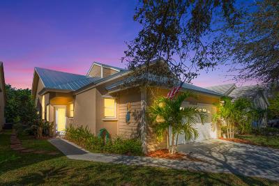 Hobe Sound Single Family Home For Sale: 10606 SE Rosemarie Court