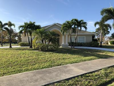 Port Saint Lucie Single Family Home For Sale: 2206 SE Adobe Street