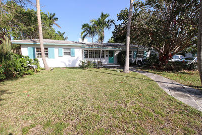 Lake Worth, Lakeworth Single Family Home Contingent: 802 Lakeside Drive