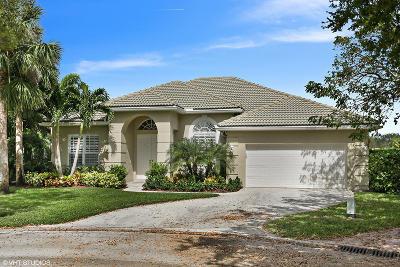 Jupiter Single Family Home Contingent: 514 Pelican Lane