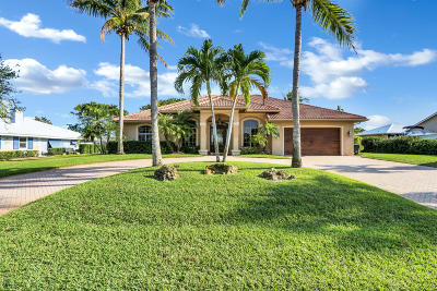 Hobe Sound Single Family Home Contingent: 8182 SE Royal Street