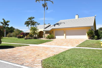 Deerfield Beach Single Family Home For Sale: 2599 Lakes Drive