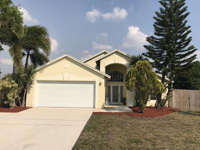 Port Saint Lucie Single Family Home For Sale: 2173 SE Floresta Drive