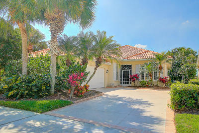 Hobe Sound Single Family Home For Sale: 7989 SE Double Tree Drive