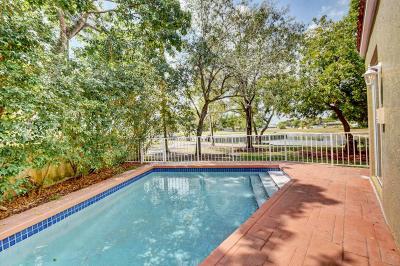 Boca Raton Single Family Home For Sale: 17699 Tiffany Trace Drive