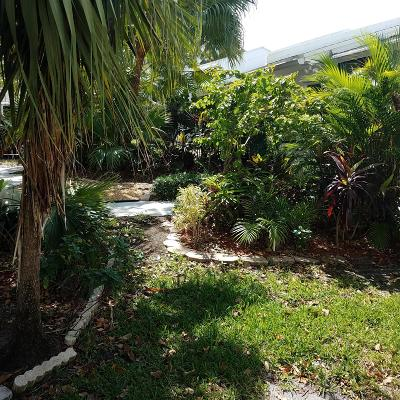 Royal Palm Beach Single Family Home Contingent: 108 Sunshine Boulevard