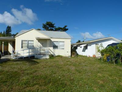 Lantana Single Family Home Contingent: 411 W Mango Street