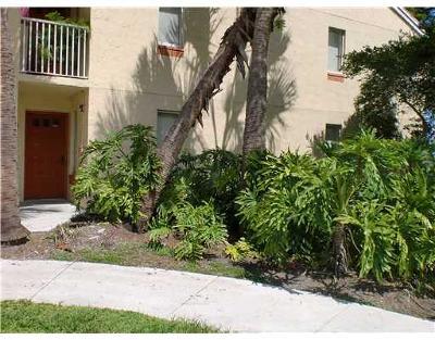 Coral Springs Condo For Sale: 1137 Coral Club Drive #1137