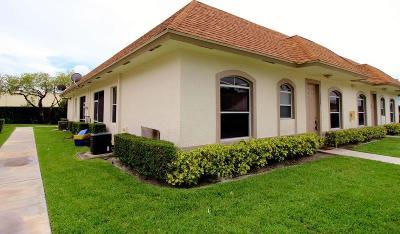 Wellington Townhouse For Sale: 11992 Sturbridge Lane