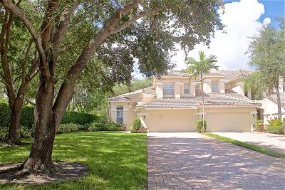 North Palm Beach Townhouse For Sale: 749 Cable Beach Lane