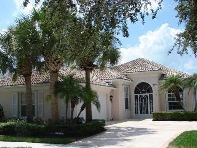 Hobe Sound Single Family Home For Sale: 8448 SE Palm Hammock Lane