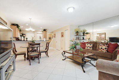 Jupiter Townhouse For Sale: 127 Fox Meadow Run