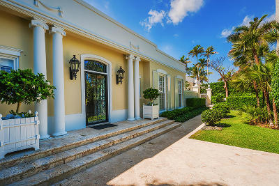 Palm Beach Single Family Home For Sale: 302 Via Linda