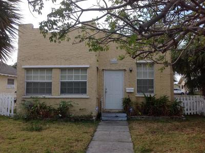 West Palm Beach Single Family Home For Sale: 646 33rd Street