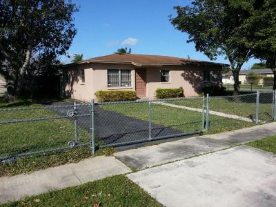 West Palm Beach Single Family Home For Sale: 4899 Springfield Drive