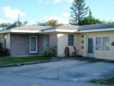 Juno Beach Single Family Home For Sale: 450 Juno Lane