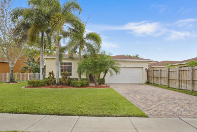 West Palm Beach Single Family Home Contingent: 800 Fieldstone Way