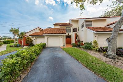 West Palm Beach Townhouse Sold: 1800 Embassy Drive #120