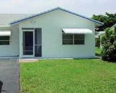 Tamarac Single Family Home For Sale: 9605 NW 72nd Manor