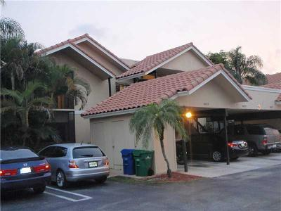 Coral Springs Condo For Sale: 8423 Shadow Court #3-9