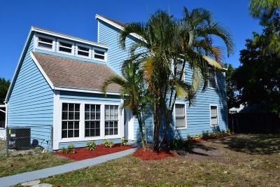 Lake Worth Single Family Home For Sale: 7655 Canal Drive