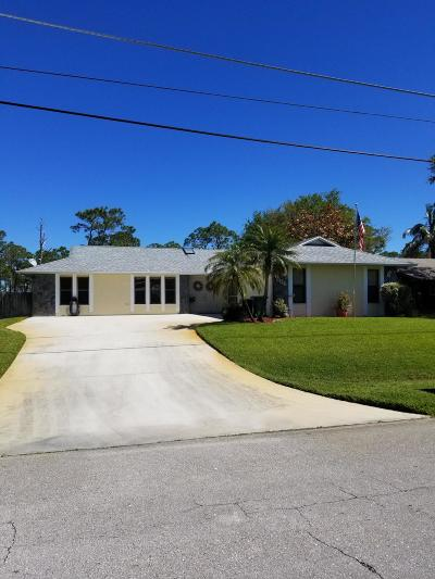 Fort Pierce Single Family Home For Sale: 6006 Yucca Drive