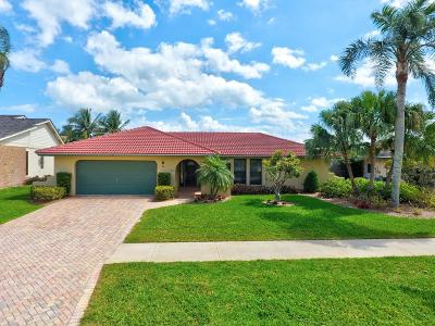 Tequesta Single Family Home For Sale: 40 Pinehill Trail E