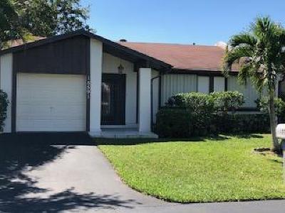 Delray Beach Single Family Home For Sale: 15591 Bottlebrush Circle