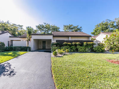Boca Raton Single Family Home For Sale: 21892 Cypress Circle #34-B