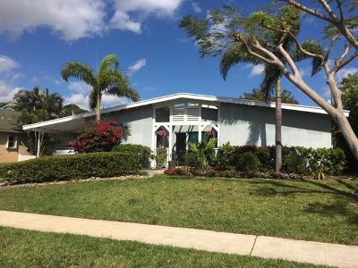 North Palm Beach Single Family Home Contingent: 521 Flotilla