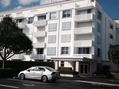 Palm Beach Condo For Sale: 2840 S Ocean Boulevard #1210