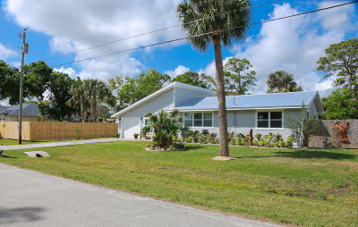 Fort Pierce Single Family Home For Sale: 5205 Hickory Drive