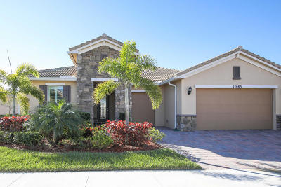 Port Saint Lucie Single Family Home For Sale: 12083 SW Bayberry Avenue