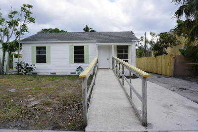 West Palm Beach Single Family Home For Sale: 624 Bunker Road
