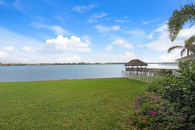 Lake Worth Townhouse For Sale: 50 Lakeshore Drive