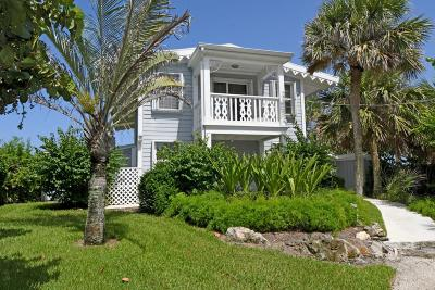 Vero Beach Single Family Home For Sale: 1801 E Barefoot Place