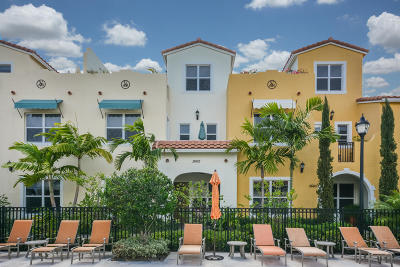 West Palm Beach Townhouse For Sale: 3662 Voaro Way