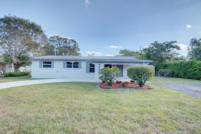 West Palm Beach Single Family Home For Sale: 4220 Christine Lane