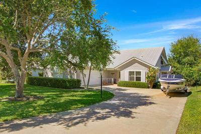 Hobe Sound Single Family Home For Sale: 9255 SE Mercury Street