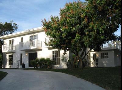 Vero Beach Single Family Home For Sale: 501 Gardenia Lane