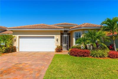 Jensen Beach Single Family Home For Sale: 1631 NW Old Oak Terrace