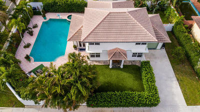 West Palm Beach Single Family Home For Sale: 300 Greymon Drive