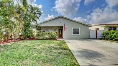 Boca Raton Single Family Home For Sale: 328 Hastings Street