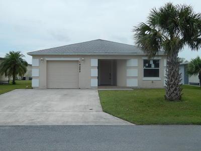 Fort Pierce Single Family Home For Sale: 14285 Zorzal Avenue