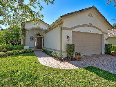 Port Saint Lucie Single Family Home For Sale: 7666 Greenbrier Circle